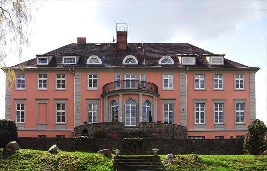 Herrenhaus Lübbenow Front