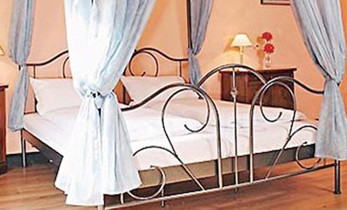 Schlafzimmer in Schloss Poggelow